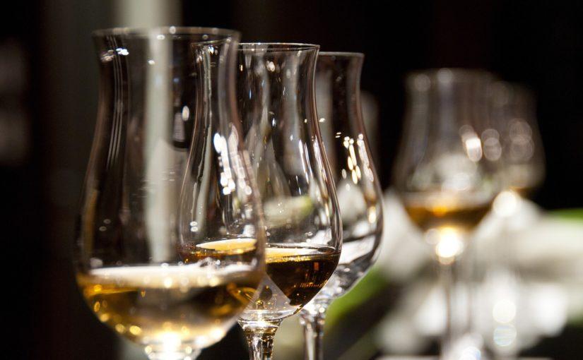 """Damit Ihre private Weinprobe bei Ihren Gästen ankommt und nicht """"bemöpselt"""" endet …"""
