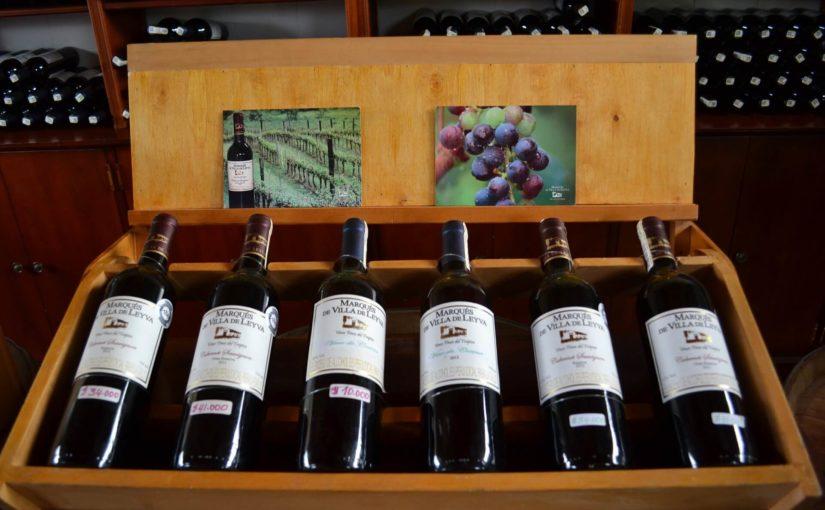 Weinverpackung aus Holz